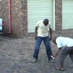 Video: Scammer tricked into setting his ankles on fire