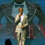 Kelly 'Blind' Comedian Performs at AY Live