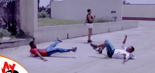 Video (skit): Comedian Funny Bone & the Hot Babe