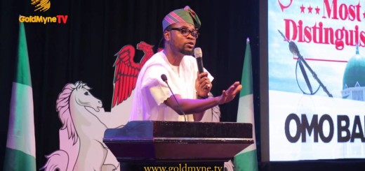 Video (Skit): Omo Baba Thrills Fans With His Music Analysis at Senator Most Distinguished